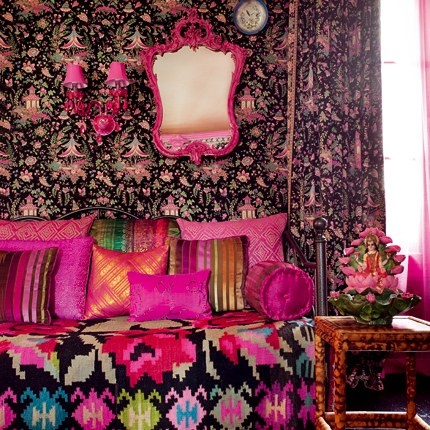 indian  kitsch &, bollywood inspired decor in france