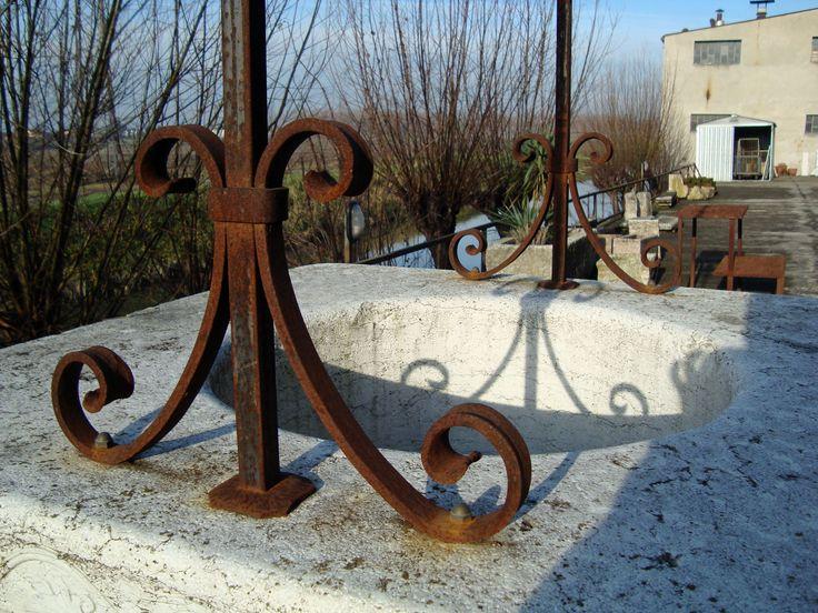 Decoro per pozzo da giardino, arco per pozzo in ferro battuto