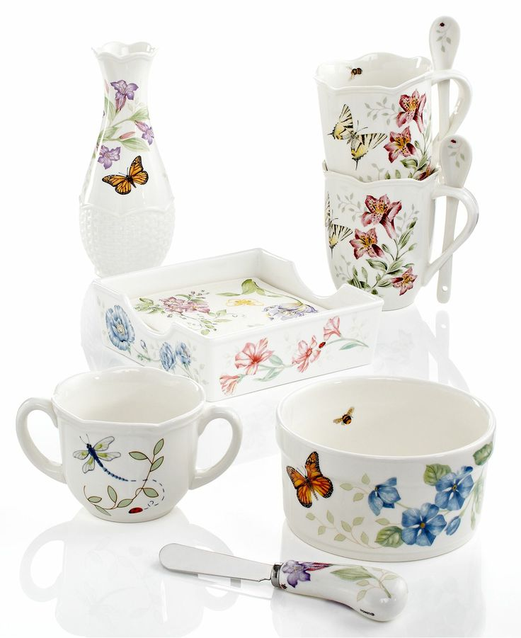 Best 41 butterfly kitchen decor images on pinterest for Kitchen set items