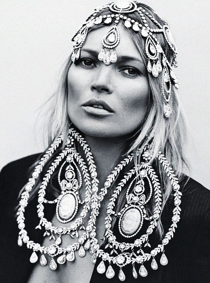 The forever beautiful Kate Moss image lensed by Annie ...