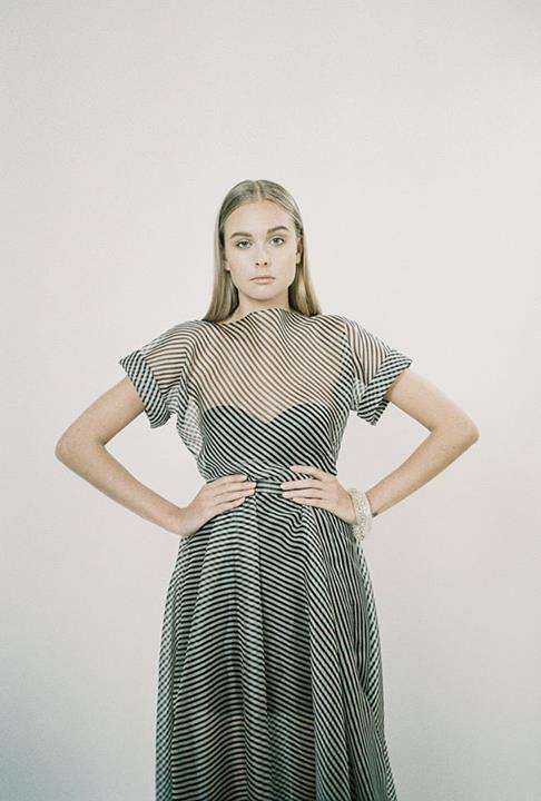 leeda fashion - Hledat Googlem