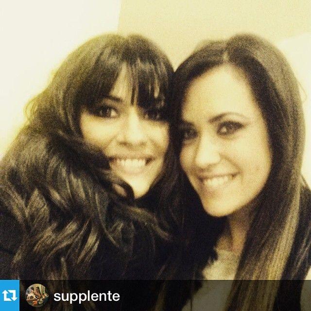 #MariaMazza Maria Mazza: #Repost @supplente with @repostapp.・・・Bentornata amica!!!! #supplente #dottoressa #avantiunaltro #minimondo #canale5 #amiche #colleghe ❤✌