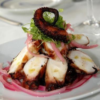 Μαριναρισμένο ψητό χταποδάκι - Συνταγές - Tlife.gr