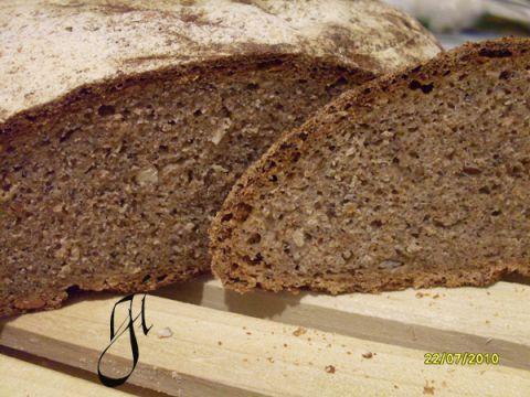 Pane misto 0,1, segale e grano saraceno all'olio di sesamo
