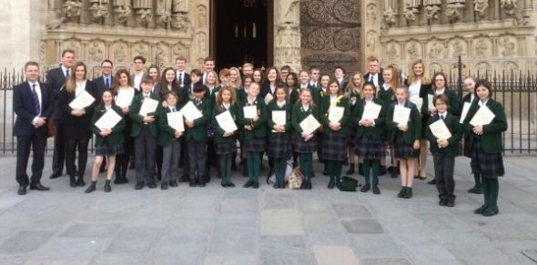 The joint prep and senior schools Chapel Choir return after a very successful tour of Paris.  http://www.ardingly.com/News_detail.php?Ardingly-Choirs-Tour-Paris-457