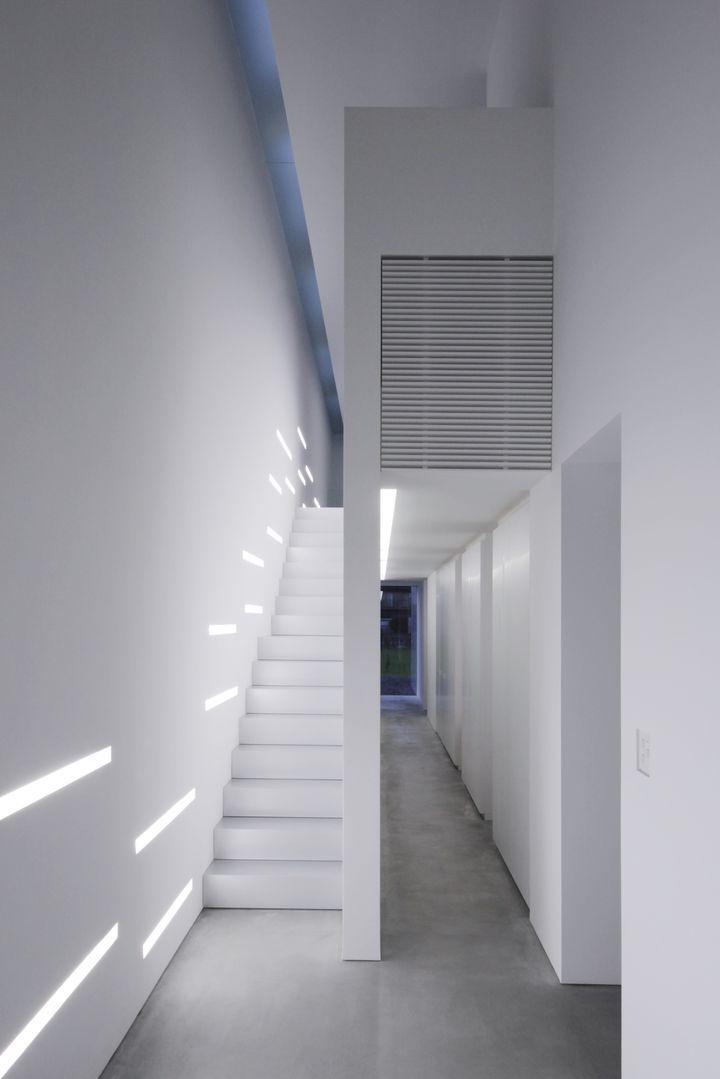 Takashi Yamaguchi...lights on the wall.
