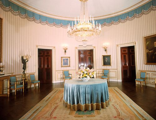 Washington d c 39 s top 10 the white house blue room for Most elegant houses