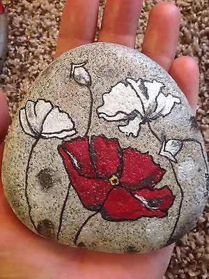HAND-PAINTED-ROCK-ART-DESIGN-POPPIES