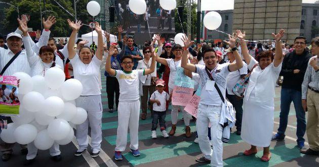 Cuatro mil elementos de seguridad resguardaron marcha contra matrimonio igualitario - Azteca Noticias