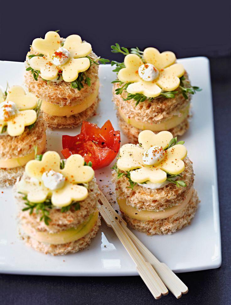 Perfekt als Mitternachts-Snack: Häppchen mit Käse-Kleeblättern.
