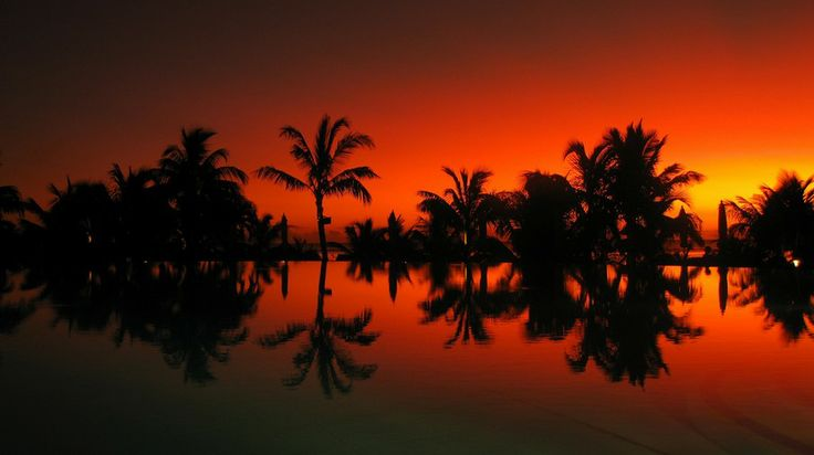 Red sunset, Mauritius. Photo by renaldo, flickr