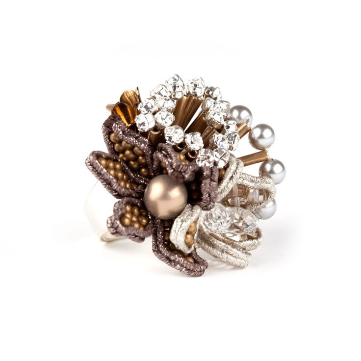 Pansy Deluxe Ring