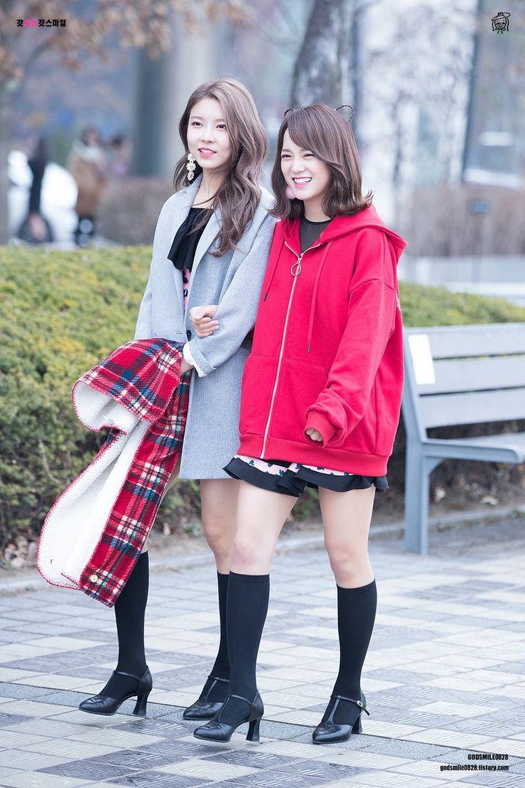170328 - Gugudan Kim Sejeong and Kim Nayoung @ TheShow Mini Fanmeeting  (cr.godsmile0828) | Twitter