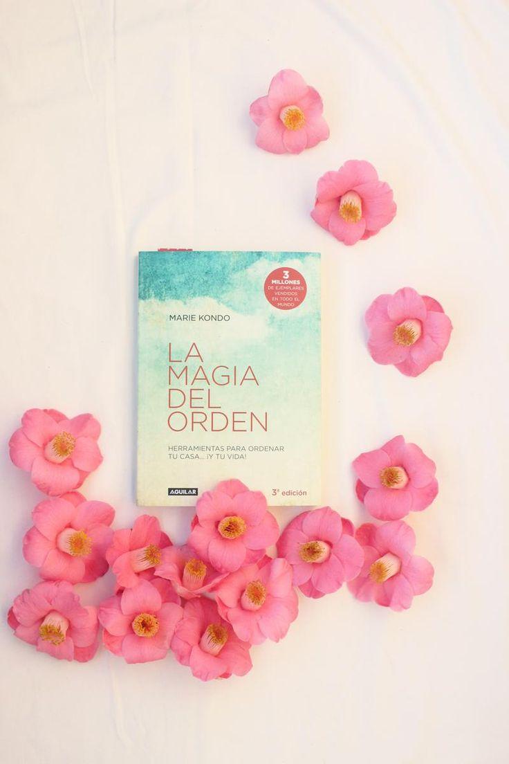 Un libro que se ha convertido en un best seller sobre ordenar nuestro hogar.