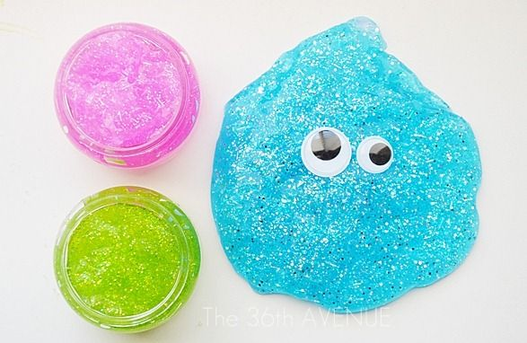 How to make Glitter Slime by the36thavenue.com #kids