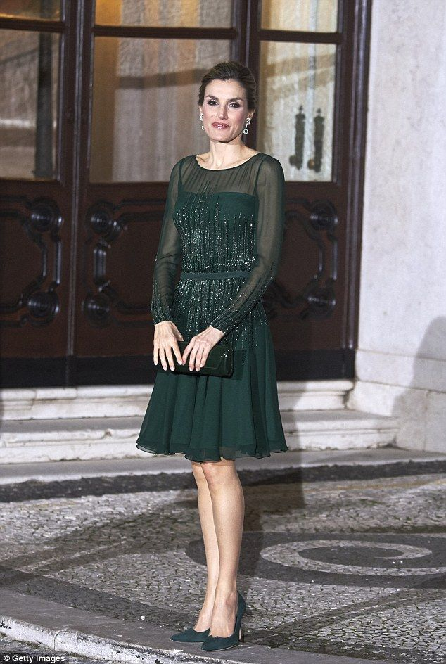 The couple later moved on to Lisbon, where they attended a Gala dinner at Palacio de las Necesidades