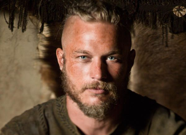 travis fimmel vikings pictures                                                                                                                                                                                 Más
