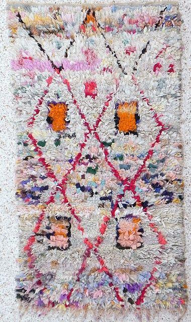 un tapis tout doux pour le salon moroccan salons and berber rug. Black Bedroom Furniture Sets. Home Design Ideas