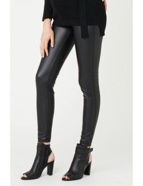 Leggings are a flexible option for maternity to be worn with long tops, shirts, dresses and skirts. Adding a faux leather detail creates an edgy look.  Photo credit- ripematernity.com
