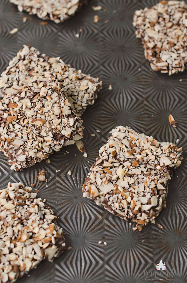 English Almond Butter Toffee by Bakingdom