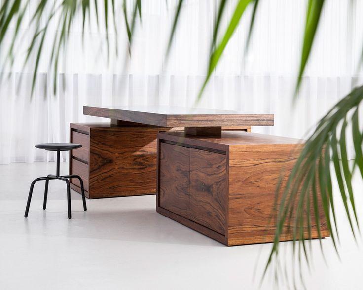 Escritorio de oficina ejecutivo de madera BRIDGE EXECUTIVE by MORGEN Interiors diseño Thomas Tritsch