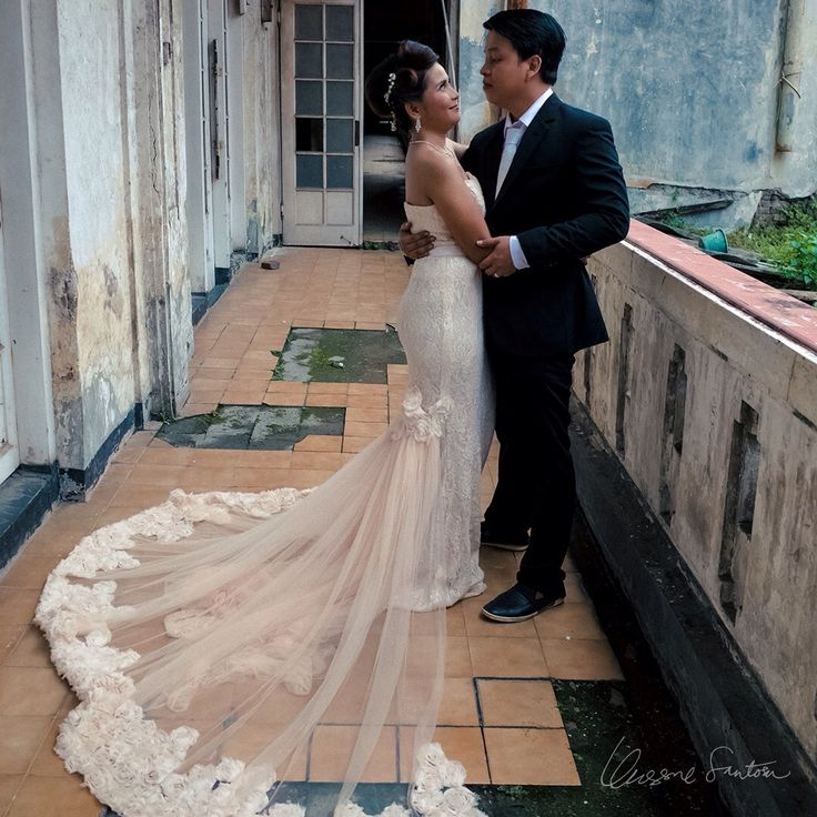 I have a man who.. Loves me without restriction, Trusts me without fear, Wants me without demand and Accepts me for who I am. Thank you honey @mastabayu for being the sun of my life.  --- PopskyMomsky 09.04.17 ---   #preweddingjakarta #preweddingideas #preweddingphoto #petrichor218 --- Photographed by:  📸 Unggul Santosa @petrichor218