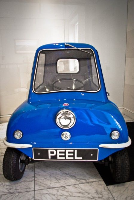 The Peel P50 measures just 54 inches (223 cm) long awesomest car ever!