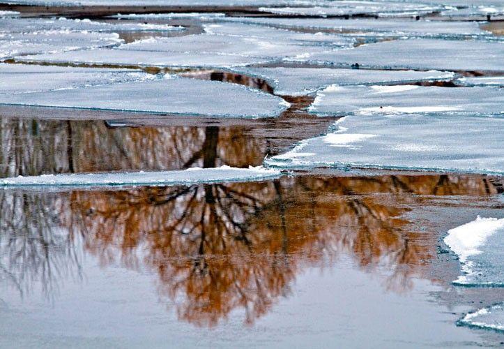 Peter Lik - Glacier National Park, Montana Winter Extremes: 03