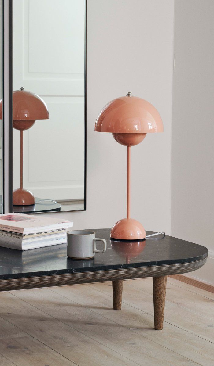 Tradition Vp3 Flower Pot Table Lamp Spartan Shop Table Lamp Cool Floor Lamps Lamp