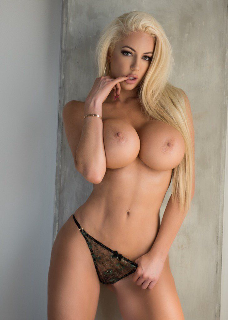 83 Best Nicolette Shea Images On Pinterest
