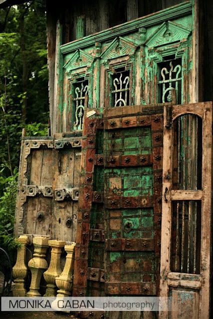 Best 25 Antique Doors Ideas On Pinterest Vintage Doors