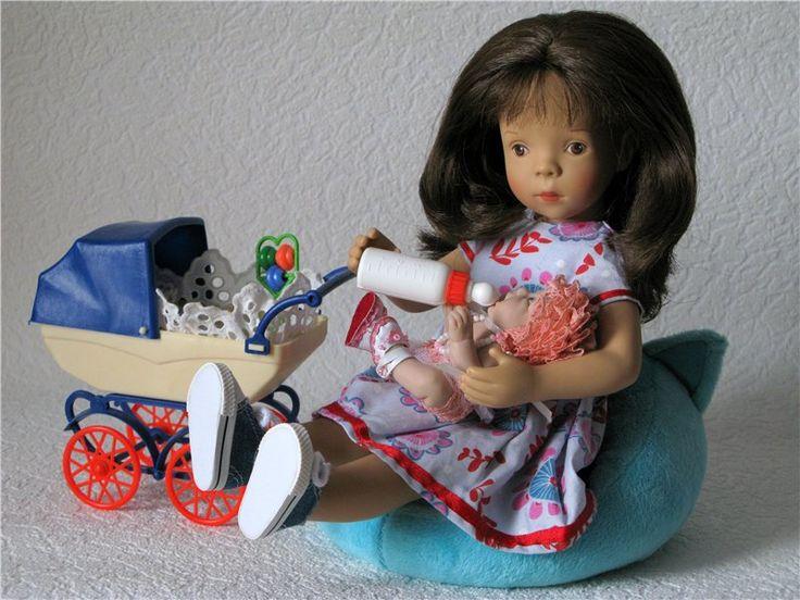 Добрый доктор Окулист! Игровые куклы Petitcollin. Minouche 35 см / Sylvia Natterer, Сильвия Наттерер. Коллекционно-игровые куклы / Бэйбики. Куклы фото. Одежда для кукол