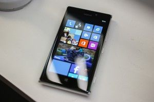 Nokia Lumia 925 обзор