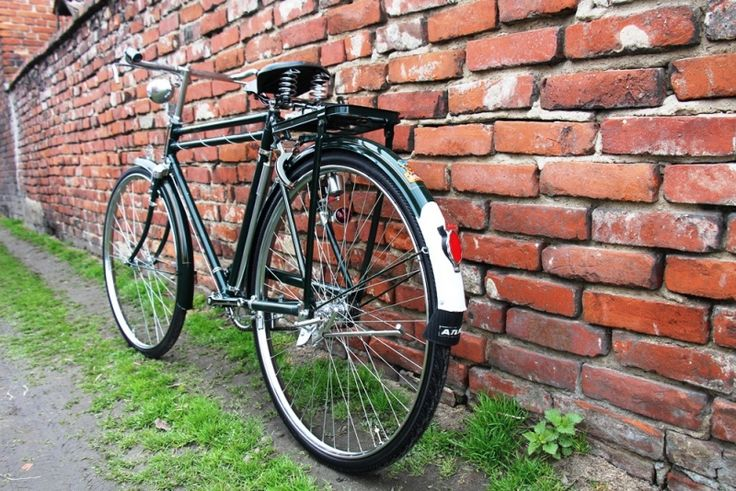 Atlas Royal - Indian classic bicycle, very similar to Chinese ones