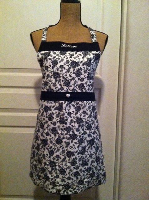 Black and White floral adult apron from Nancy's Bowtique for $30 on Square Market