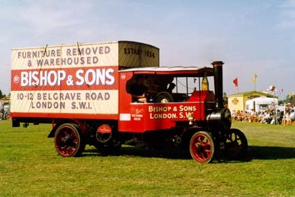#OurHistoricVehicles #BishopsMove The #Foden at a Steam Fair