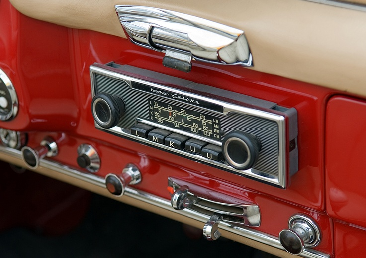 becker europa radio in a mercedes benz 190 sl cars. Black Bedroom Furniture Sets. Home Design Ideas