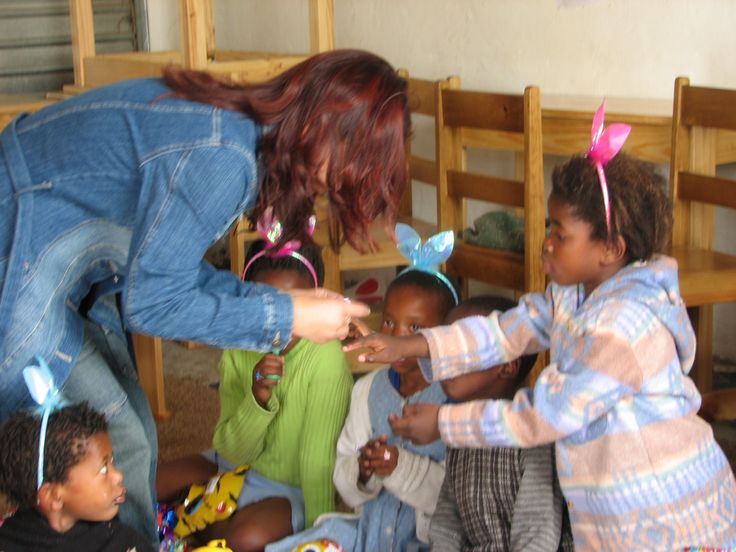 Assisting at Amakhalas community outreach program is a hugely rewarding part of the experience