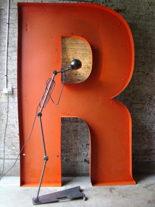 1000 images about r is for robyn on pinterest typography monogram letters - Lettre enseigne vintage ...