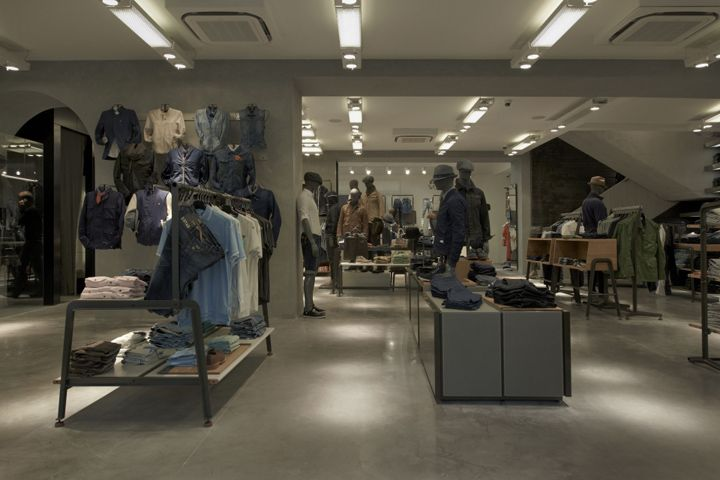 G Star RAW flagship store, Cannes store design