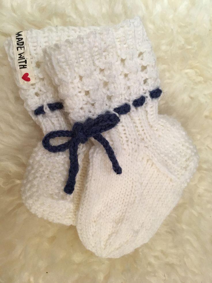 Lise-Loten pikkuiset sukat vauvalle