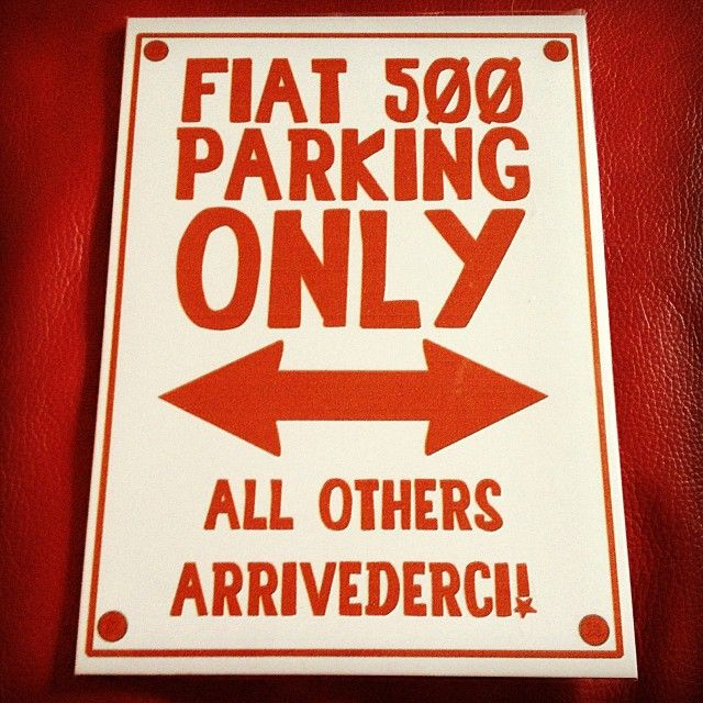 How should look every parking lot where you go? We've got a suggestion. :) #Fiat500