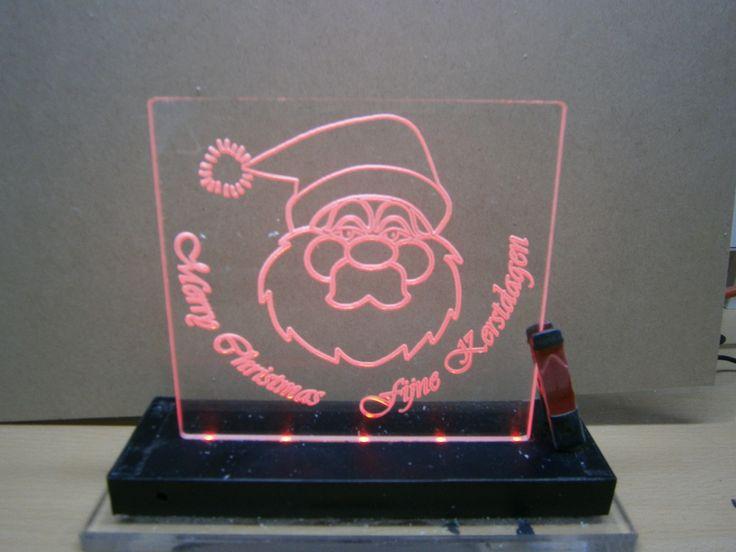 Kerstman met ledverlichting.