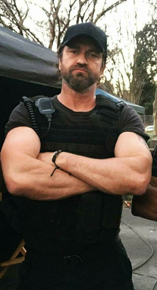 Gerard Butler, Den of Thieves. Big Nick.