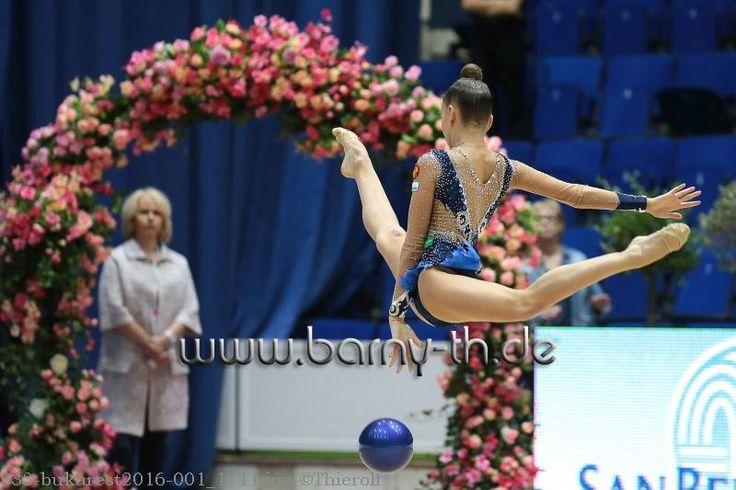 Arina AVERINA (Russia) ~ Ball @ GP Bukarest 2016 Photographer Bernd Thierolf.