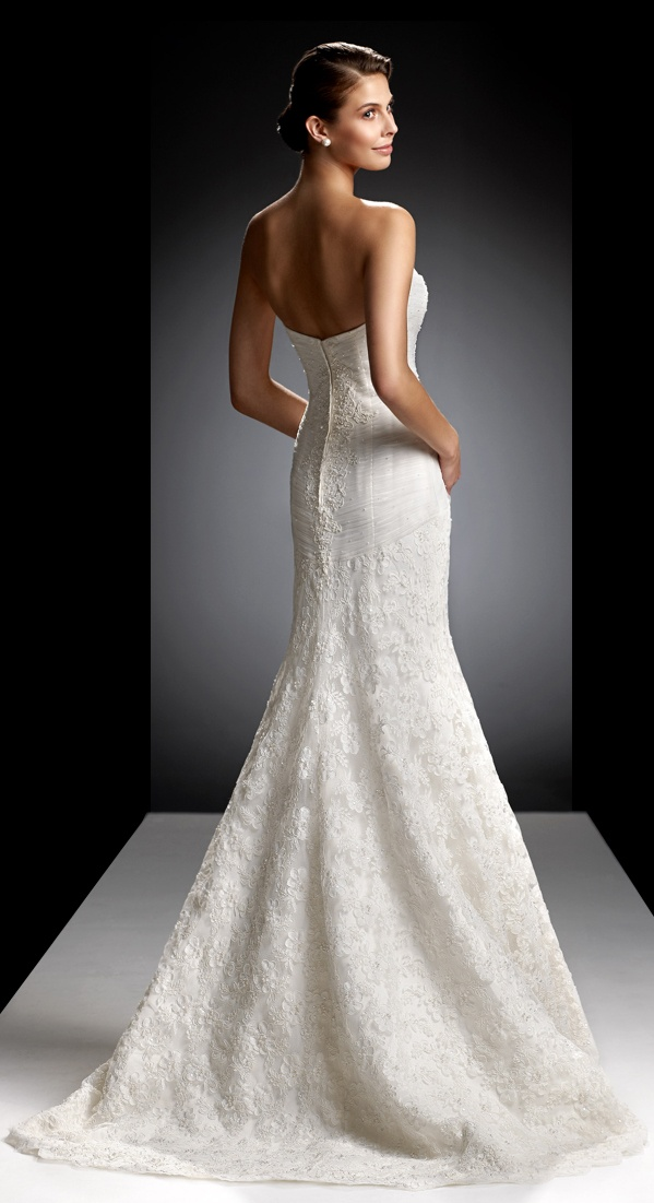 Oleg cassini crl 277 wedding brides in oleg cassini for Wedding dress designer oleg cassini