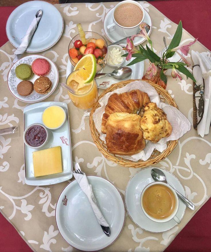 Combo de café da manhã Daniel Briand