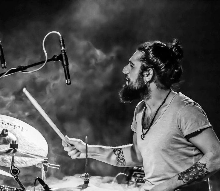 Concert.... #concert #musik #music #drum #drums #drummer #tattoo #tattoos #vf15 #vicfirth #stage #photo #photoshoot #photography #photographer #photooftheday #cool #mandala #maori #design #repost #instamood #instadaily #de #deutschland #stuttgart #europe http://tipsrazzi.com/ipost/1512647270615755363/?code=BT-AK2jhCpj