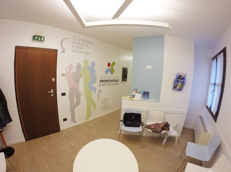 sala d'attesa ambulatorio decorazioni a parete. prespaziato