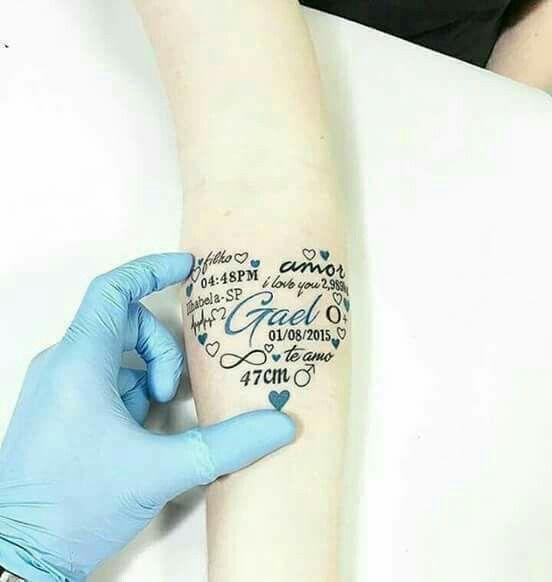 Linda Maneira De Homenagear Tatuagem Dados Do Filho